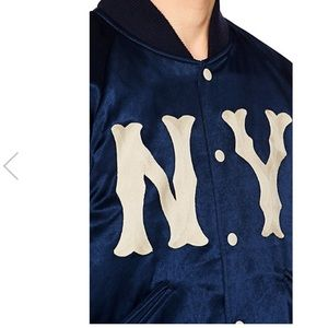 Gucci winter season 2018 NY bomber